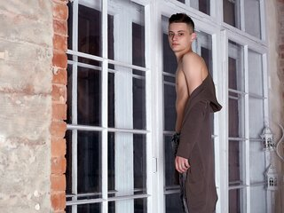 ElijahCrystal naked ass